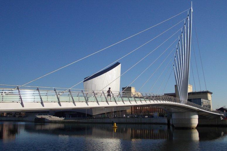 Topic swinging bridge hotel trafford park